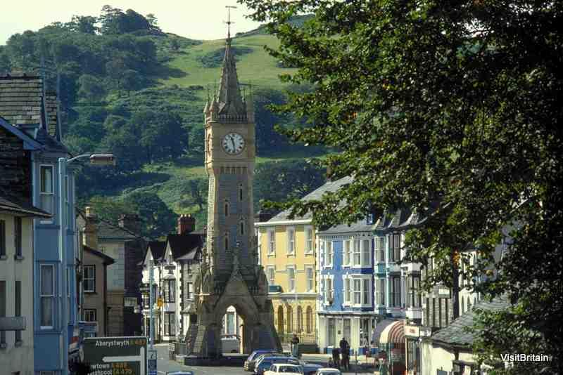 Machynlleth Town Council call a 'Climate Emergency'